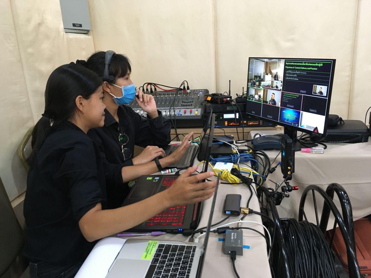 อาจารย์คณะวิทยาศาสตร์และเทคโนโลยี นำนักศึกษาออกบริการวิชาการ ในการถ่ายทอดสด ผ่านระบบเครือข่ายการสัมมนาวิชาการเวชศาสตร์ใต้น้ำ ประจำปีงบประมาณ 2563